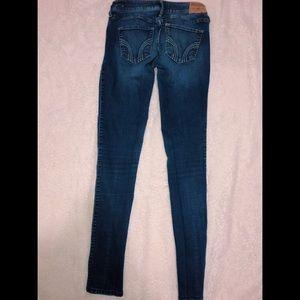 Size 3 Hollister skinny jeans